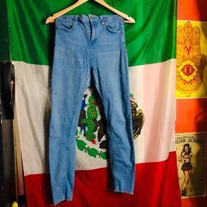 High waisted jeans 👖